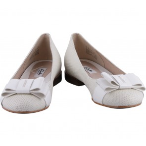 Clarks White And Cream Ribbon Flats