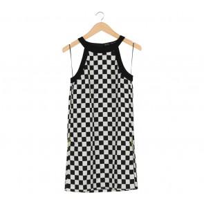 Zara Black And White Checkered Sleeveless Mini Dress