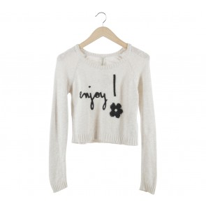 Stradivarius Off White And Black Sweater