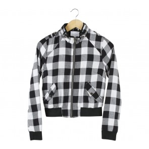 Forever 21 Black And White Plaid Jaket
