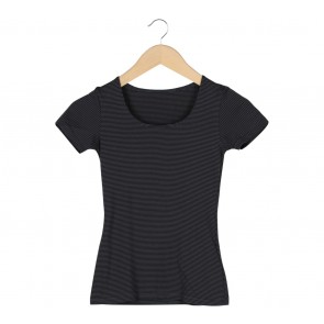 UNIQLO Black And Blue Heattech Stripes T-Shirt