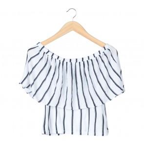 Zara Black And White Striped Bardots Blouse