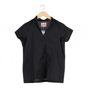 Geulis Black Shirt