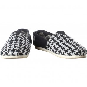Wakai Black And White Patterned Flats