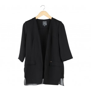 Lily Black Outerwear