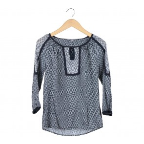The Collection Dark Blue And White Patterned Blouse