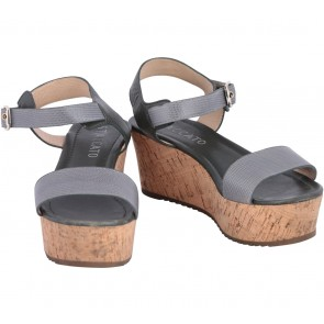 Staccato Grey Wedges