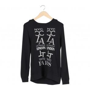 Forever 21 Black Sweater