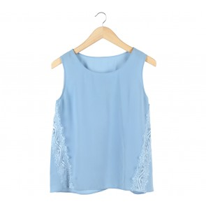 UNIQLO Blue Lace Insert Sleeveless