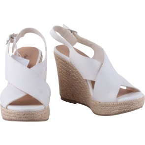 American Eagle White Stain on the strap Wedges