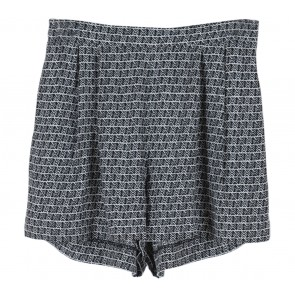 H&M Black and White Tribal Shorts Pants