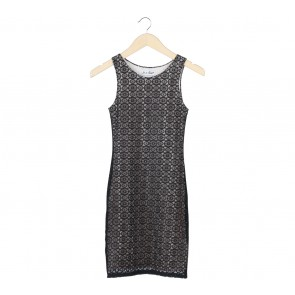 In A Beat Black And Cream Lace Sleeveless Mini Dress