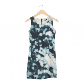 Dark Green And Cream Abstract Sleeveless Midi Dress