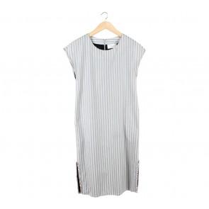 damen ease Grey And Black Striped Slit Midi Dress