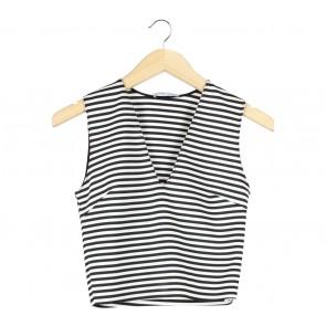 Zara Black And White Striped Cropped Sleeveless
