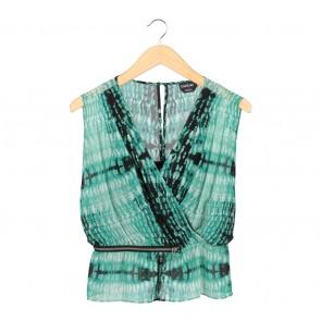 Bebe Green And Black Abstract Wrap Sleeveless
