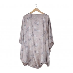 Kami Cream Floral Asymmetric Blouse