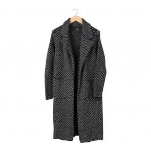 Zara Black And Grey Zig-Zag Coat