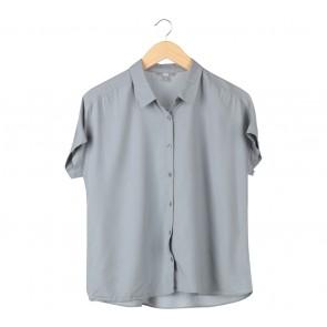 UNIQLO Grey Shirt