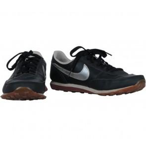 Nike Black Waffle Sneakers