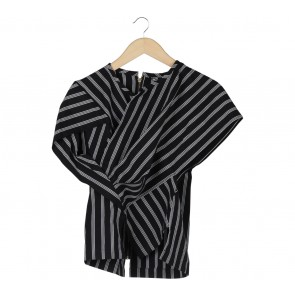 Lulu Lutfi Labibi Black And White Blouse