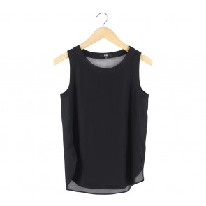 UNIQLO Black Sleeveless