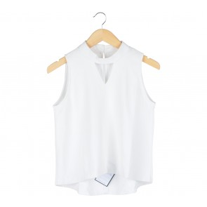 Off White Cut Out Sleeveless