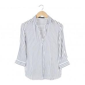 Bershka White And Dark Blue Striped Shirt