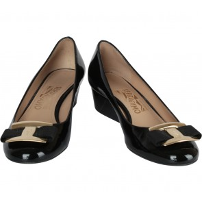 Salvatore Ferragamo Black Ninna Wedges